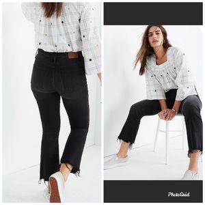 Madewell  Demi-Boot Jeans in Black Chewed-Hem 28